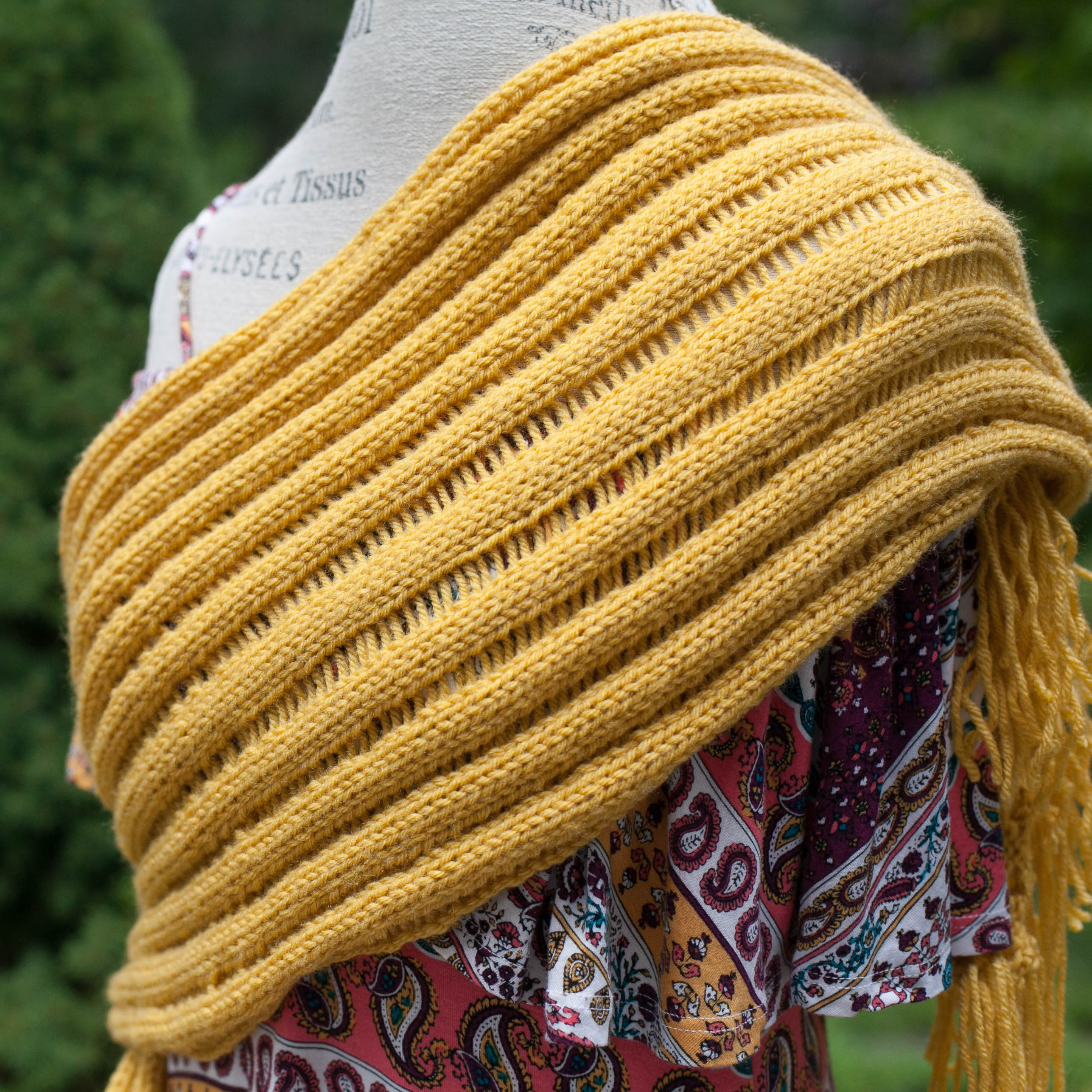 Knitting Loom Patterns For Scarves : Loom knit drop stitch scarf pattern this moment is good