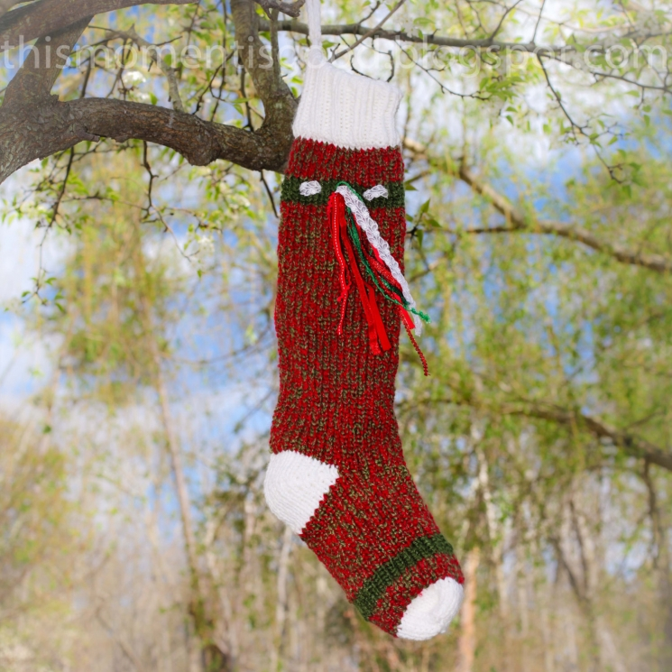 LOOM KNIT CHRISTMAS STOCKING PATTERN
