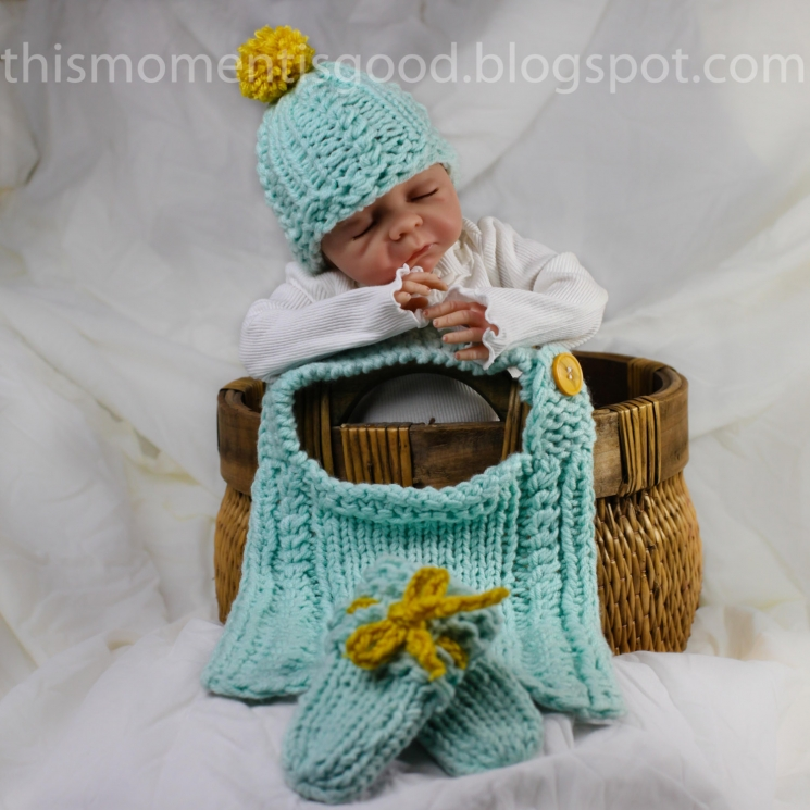 LOOM KNIT CABLE BABY BIB, NEWBORN HAT AND BABY MITTS PATTERN.