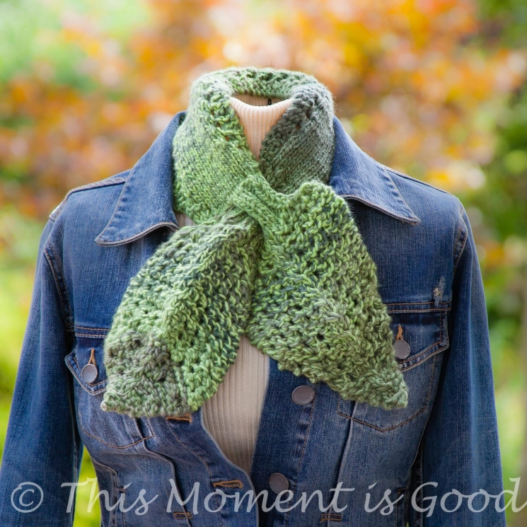 Loom Knit Leaves & Lace Ascot, Keyhole Scarf Pattern