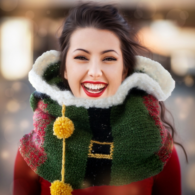 Loom Knit Elf Hood PDF PATTERN. Quirky Christmas Oversized Cowl With Hood.