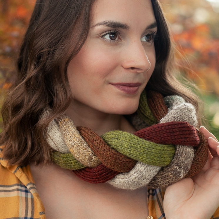 Loom Knit Challah Braid Cowl PDF PATTERN, Stylish Accent Scarf, Sized For Child/