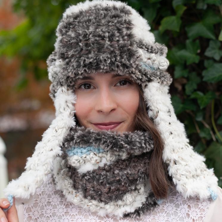 Loom Knit Faux Fur Trapper Hat and Cowl PDF PATTERN. Ultra-soft, luxury Neckwarm