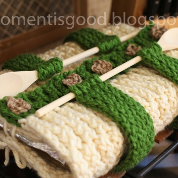 LOOM KNIT CASSEROLE CARRIER PATTERN