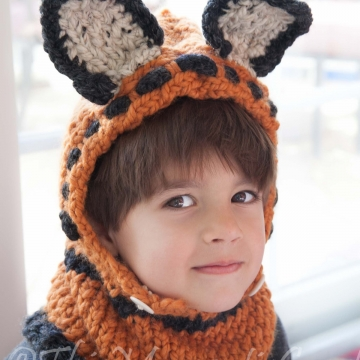 Loom knit Fox Hood Pattern