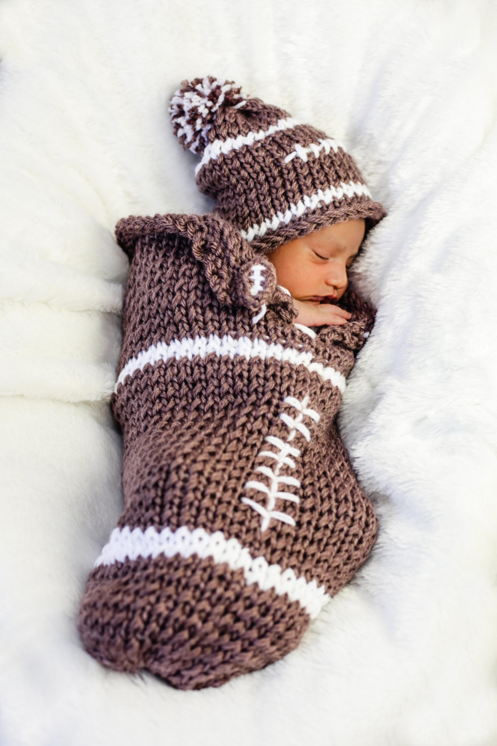 LOOM KNIT NEWBORN COCOON PATTERN, LOOM KNIT HAT PATTERN LOOM KNIT BOOT This...
