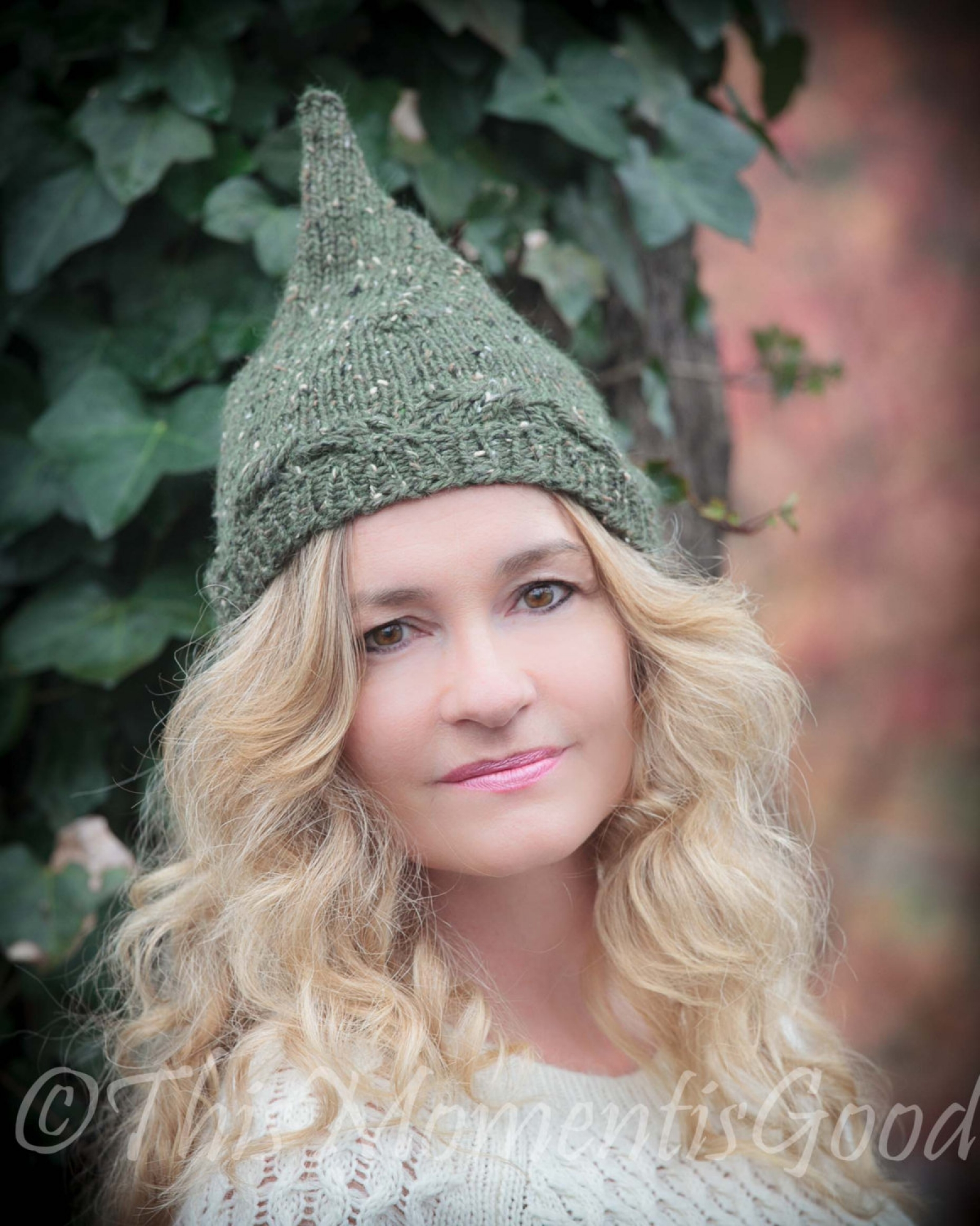 LOOM KNIT PIXIE HAT PATTERN. LADIES/TEEN PIXIE HAT. ELF HAT PATTERN ...