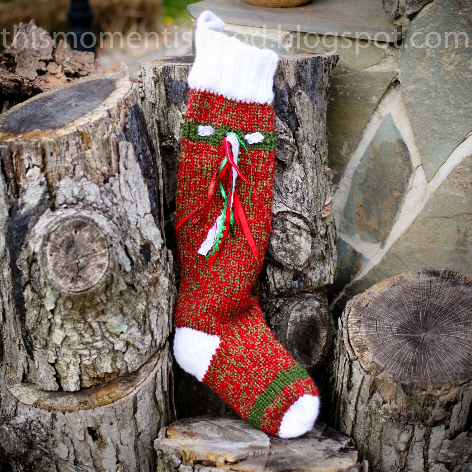 LOOM KNIT CHRISTMAS STOCKING PATTERN | This Moment is Good
