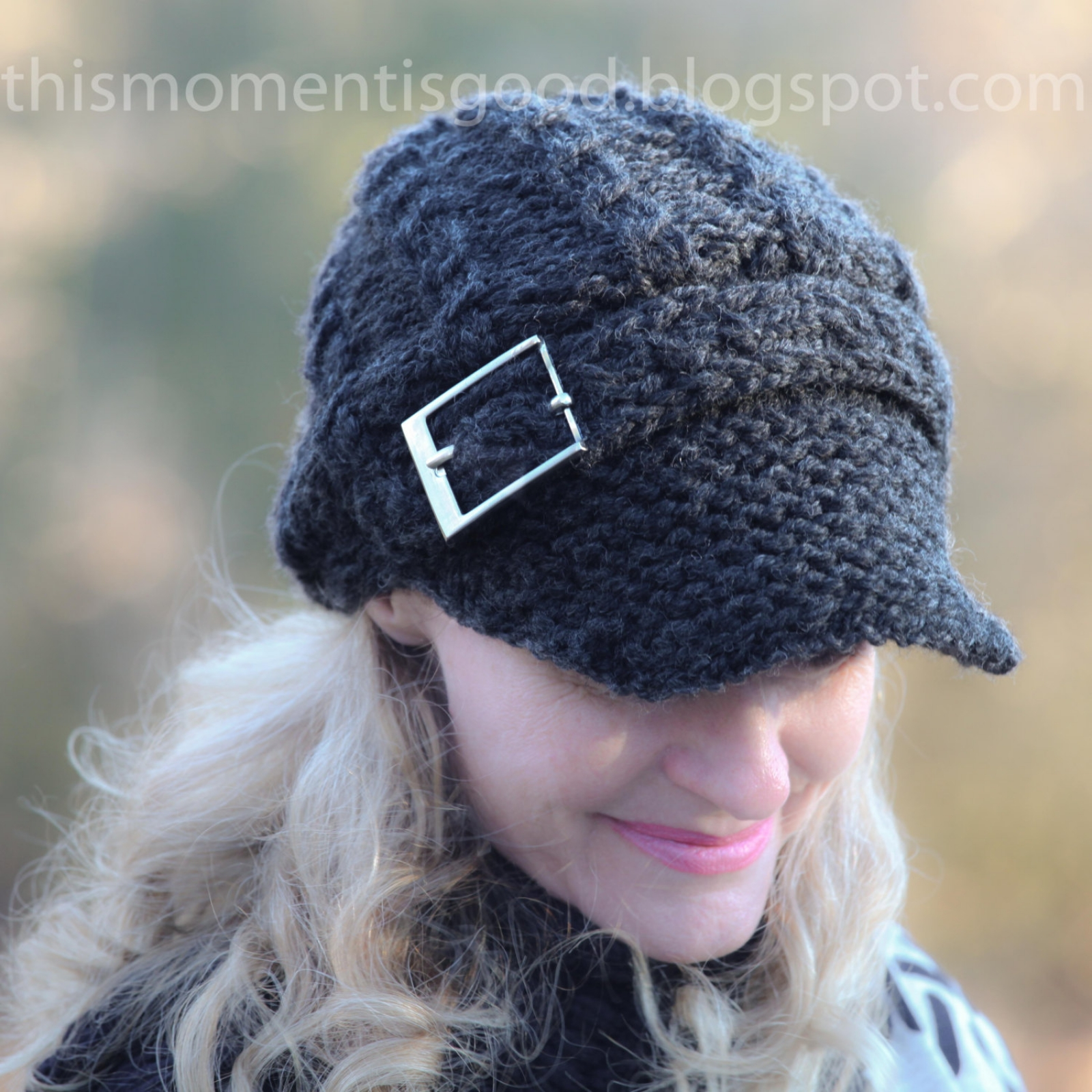 Loom Knit Newsboy Cap with Mock Cables and Buckle PATTERN  Stylish ... 40791eab39f