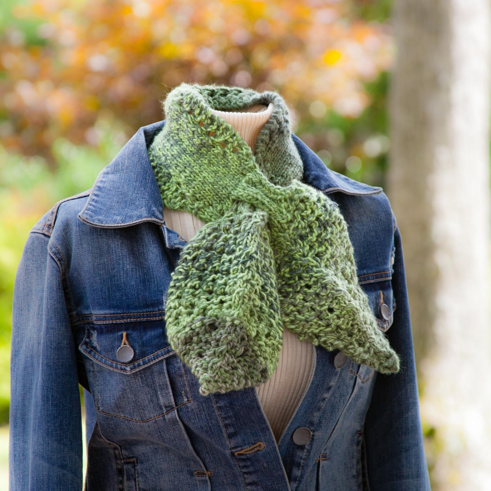 Loom Knit keyhole Scarf PATTERN loom knit Leaf Scarflet ...