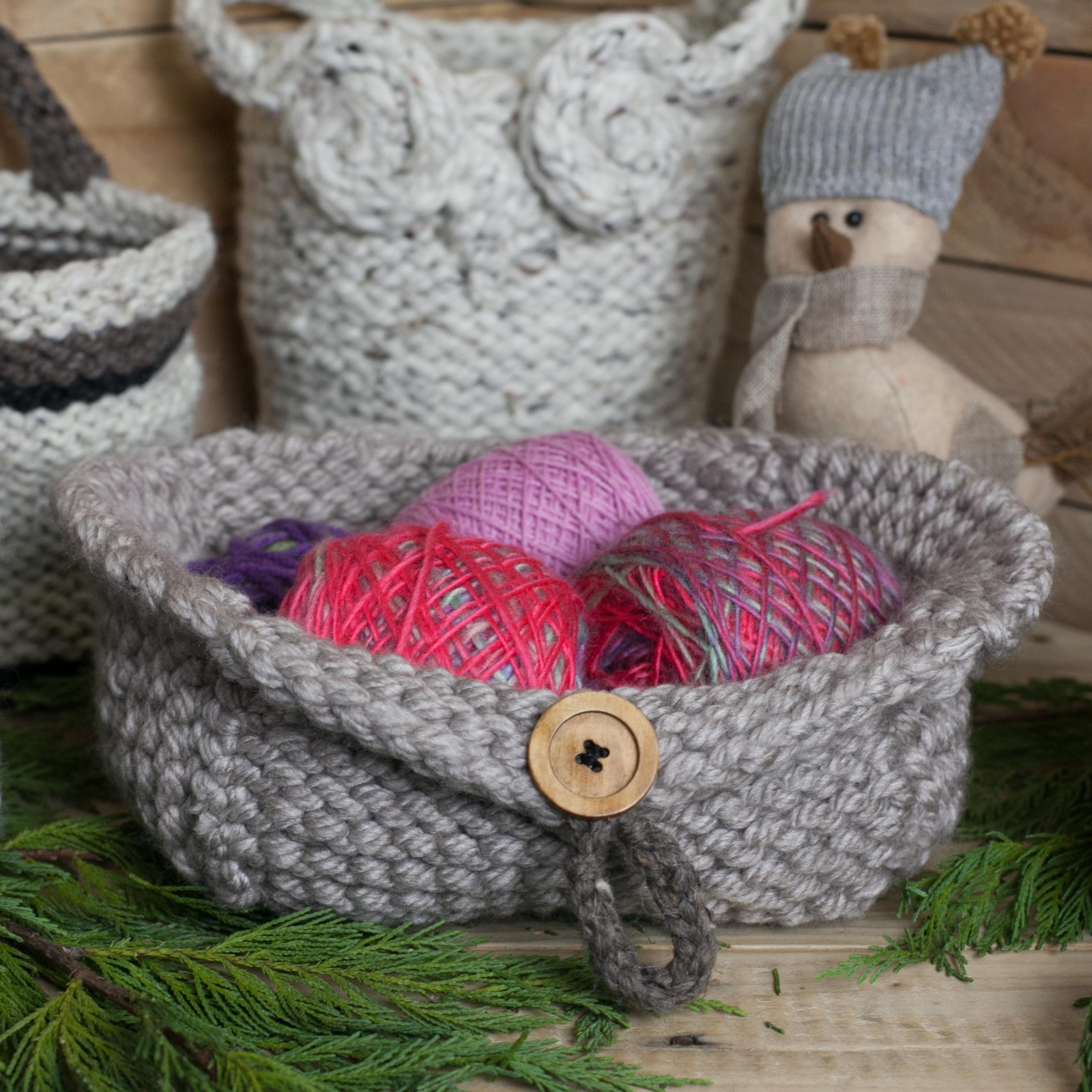 Knitting Basket Yarn : Loom knit basket collection owl patterns this