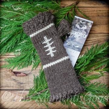 Loom Knit Fingerless Mitts PATTERN. Football themed mitts pattern. PDF download. Sporty and feminine ladies mitt PATTERN. Teens, adult women