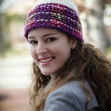 Loom Knit Plaid Hat Pattern. The Malinda Plaid Hat Pattern, ladies hat, ski hat. PATTERN ONLY! Available for immediate download.