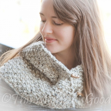 Loom Knit Country Cowl PATTERN. Chunky Oversized Cowl Perfect for Layering! Instant PDF PATTERN Download. Child, Teen, Adult Sizes.