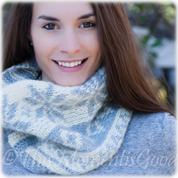 Loom Knit Fair Isle Cowl PATTERN. Extra Soft, Snowflake pattern. Instant PDF PATTERN Download. Oversized, extra soft, Chunky Knit Cowl.
