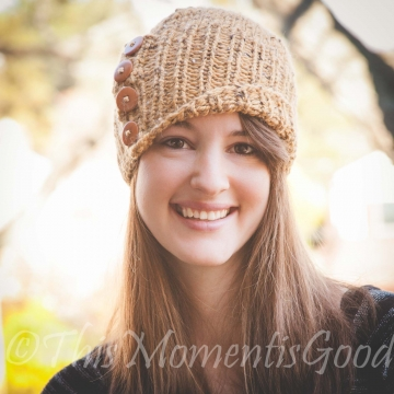 Loom Knit Tweed Cloche Hat PATTERN. The Amberlyn Cloche Hat. Instand PDF PATTERN Download.  Loom Knit Ladies/teen Hat with buttons Pattern.