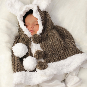 Loom Knit Newborn Poncho PATTERN; Loom knit Rabbit Poncho PATTERN Loom Knit Cape Newborn; Newborn to 3 mos size; PDF Instant Download.