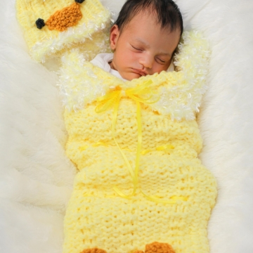 Loom Knit Cocoon for Baby Pattern; PATTERN ONLY includes Baby Chick Hat & Cocoon patterns. Newborn Size. Instant Download!