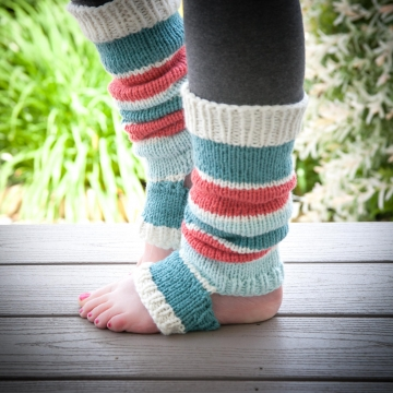 Loom Knit Legwarmer Pattern, Dancer, Yoga, Stirrup Style Legwarmer Pattern. Instant PDF Download.