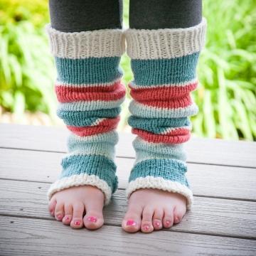 Loom Knit Legwarmer Pattern, Dancer, Yoga, Stirrup Style Legwarmer Pattern. Instant PDF Download.