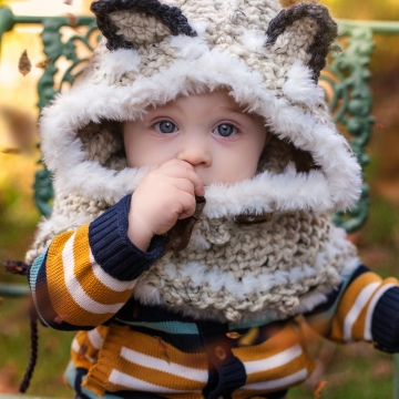 Loom Knit Wolf Hood PDF PATTERN. Oversized and Warm, Quick Project! Digital Download.