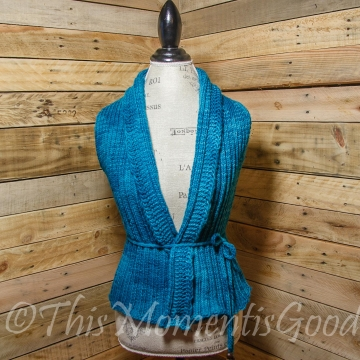 Loom Knit Vest Pattern, The Everyday Ladies Vest Pattern, 5 sizes, Instant PDF Download.