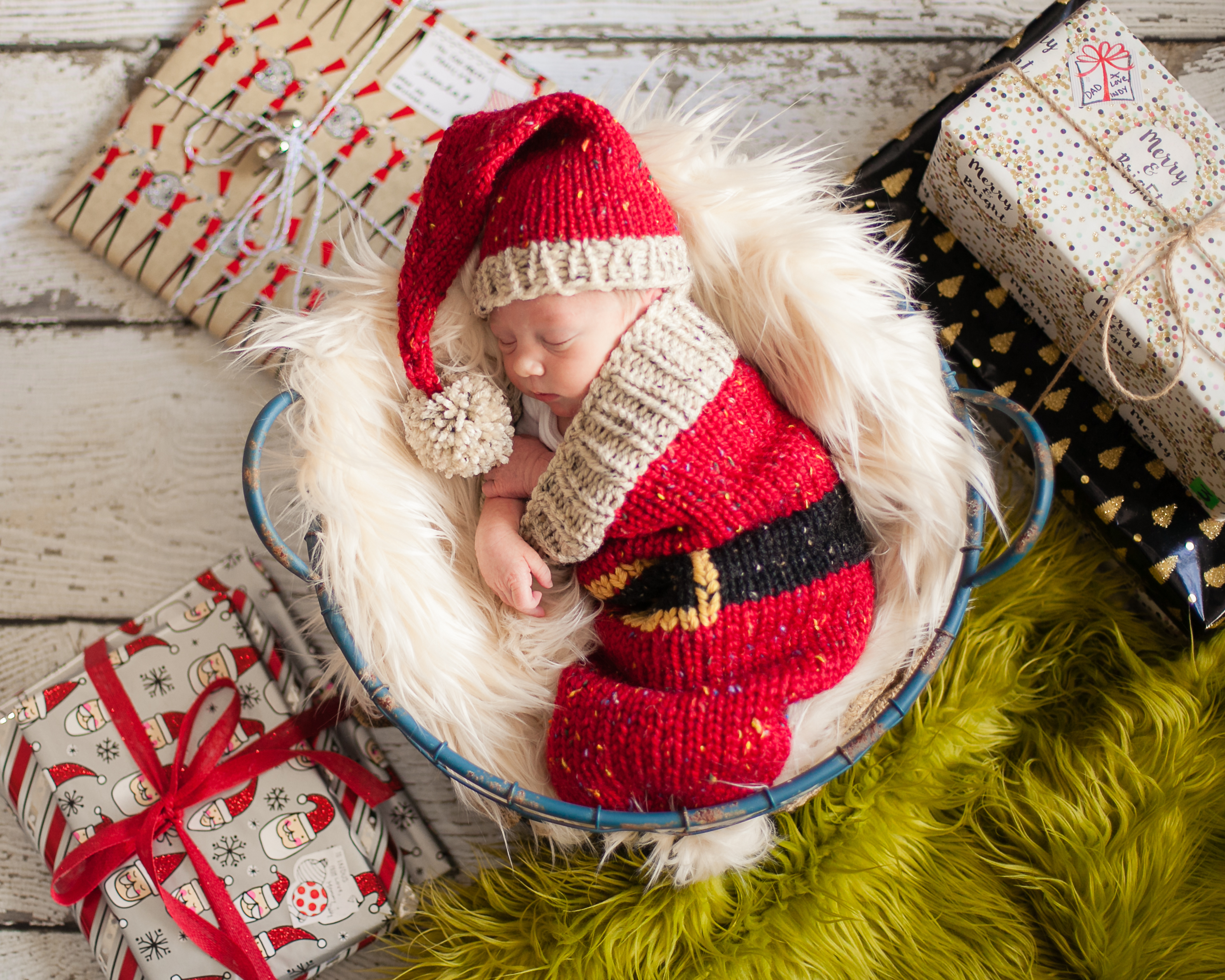87172300855 Loom Knit Santa Christmas Cocoon and Santa Hat Pattern. Make This Newborn  Swaddler and Elf Hat for Baby Using This PDF Loom Knitting PATTERN.