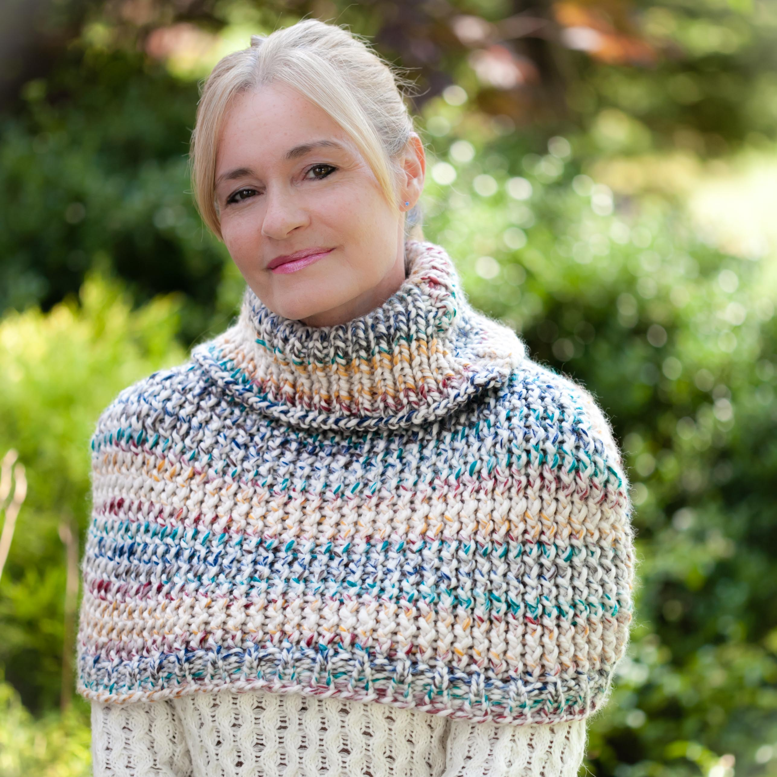 Loom Knitting Poncho : Loom knit cape capelet poncho pattern this moment is good